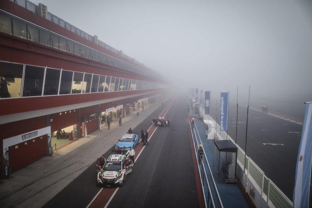 fog ambiance during the 2017 FIA WTCC World Touring Car Race of Argentina at Termas de Rio Hondo, Argentina on july 14 to 16 - Photo Francois Flamand / DPPI