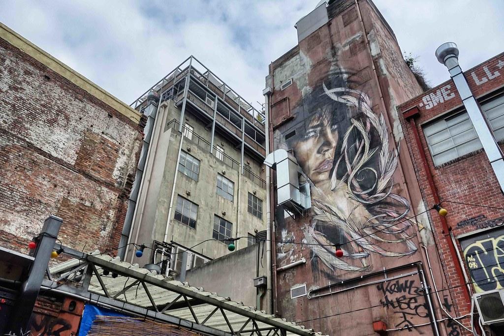 Melbourne - Street Art - Lady Plume