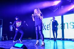Mackenzie Nicole live at KC Strictly Strange Tour 2017