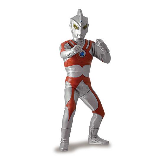 《超人力霸王》 發光系列 轉蛋作品 「第四彈」好評續推!アルティメットルミナス ウルトラマン04