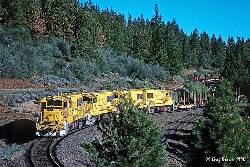 oregoncaliforniaeastern oce ocerailway eastswitchback switchback shortlinerailroad oregon klamathcounty trains timberindustry railroads logtrain