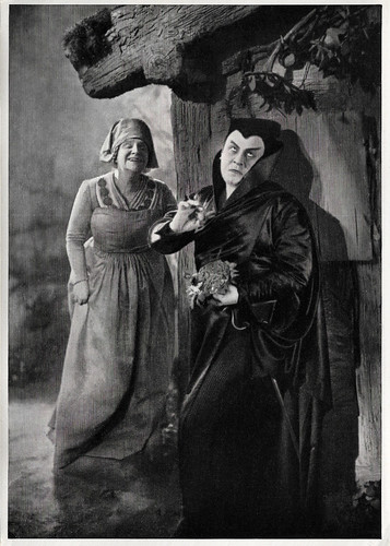Yvette Guilbert and Emil Jannings in Faust (1926)