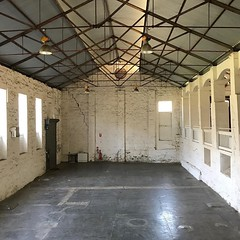 Got to see inside the bluestone building that I regularly walk past. It was a meat factory in the mid to late 1800s #openhousemelb #pipemakerspark #marimoments #melbswest