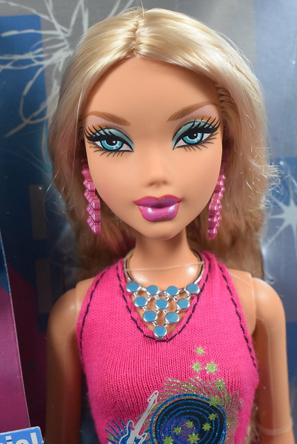 2006 Barbie My Scene City Stars Kennedy K0524 (1)