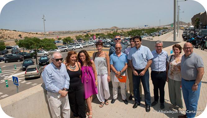 La alcaldesa reivindica que el parking del Hospital Santa Lucía sea público