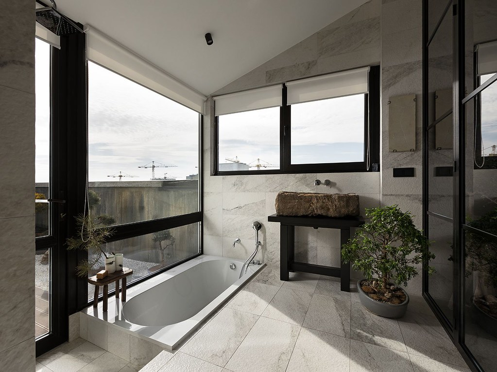 Japanese home design with the Ukrainian tradition by Sergey Makhno Sundeno_14