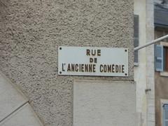 Rue de l'Ancienne Comédie, Semur-en-Auxois - road sign