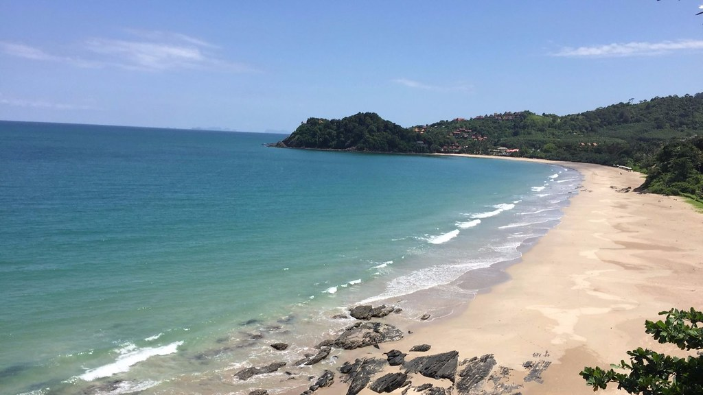 Low Season Survival Guide to Koh Lanta for Digital Nomads