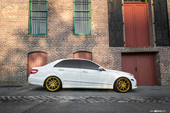 mercedes-benz-e-class-m621-gold-bullion-wheels-1
