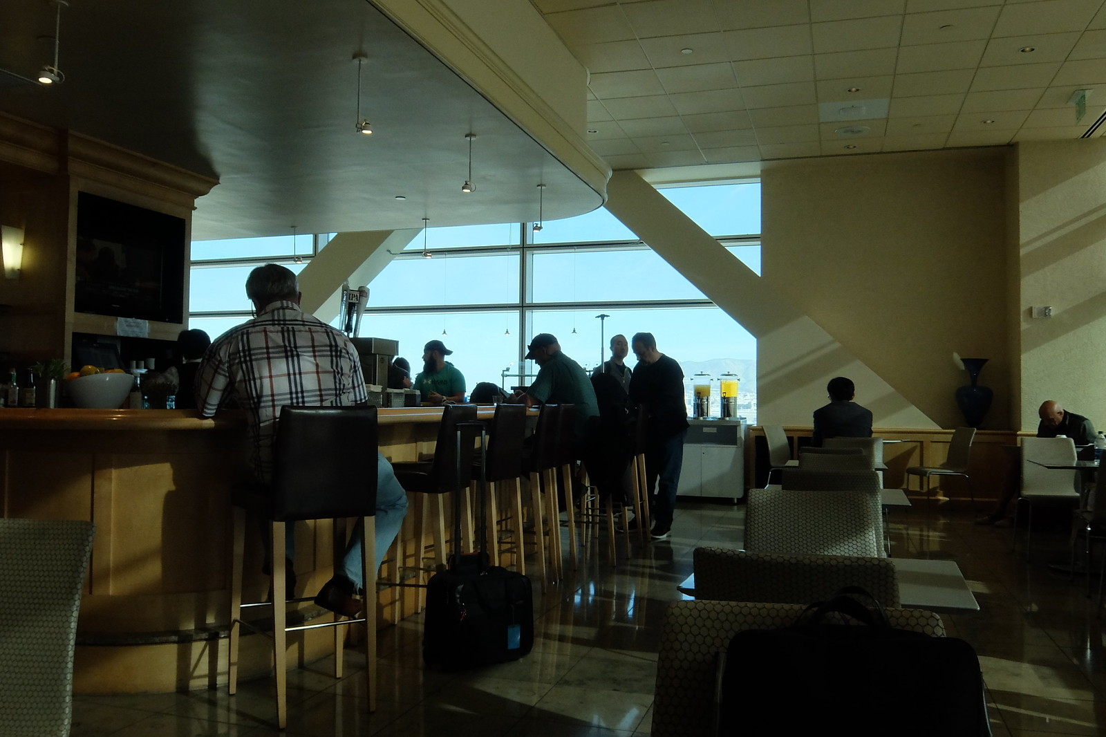 United San Francisco Lounge