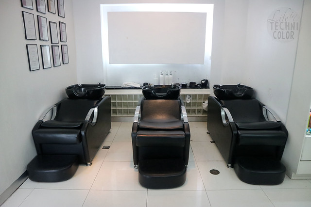 Vivere Salon