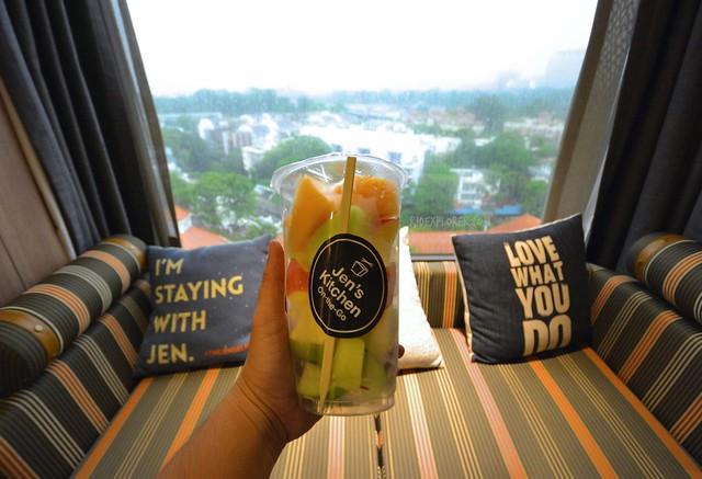 hotel jen tanglin singapore welcome treat