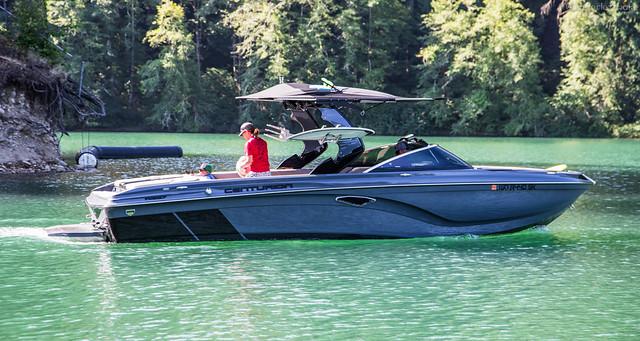2017 Centurion Boats Ri257