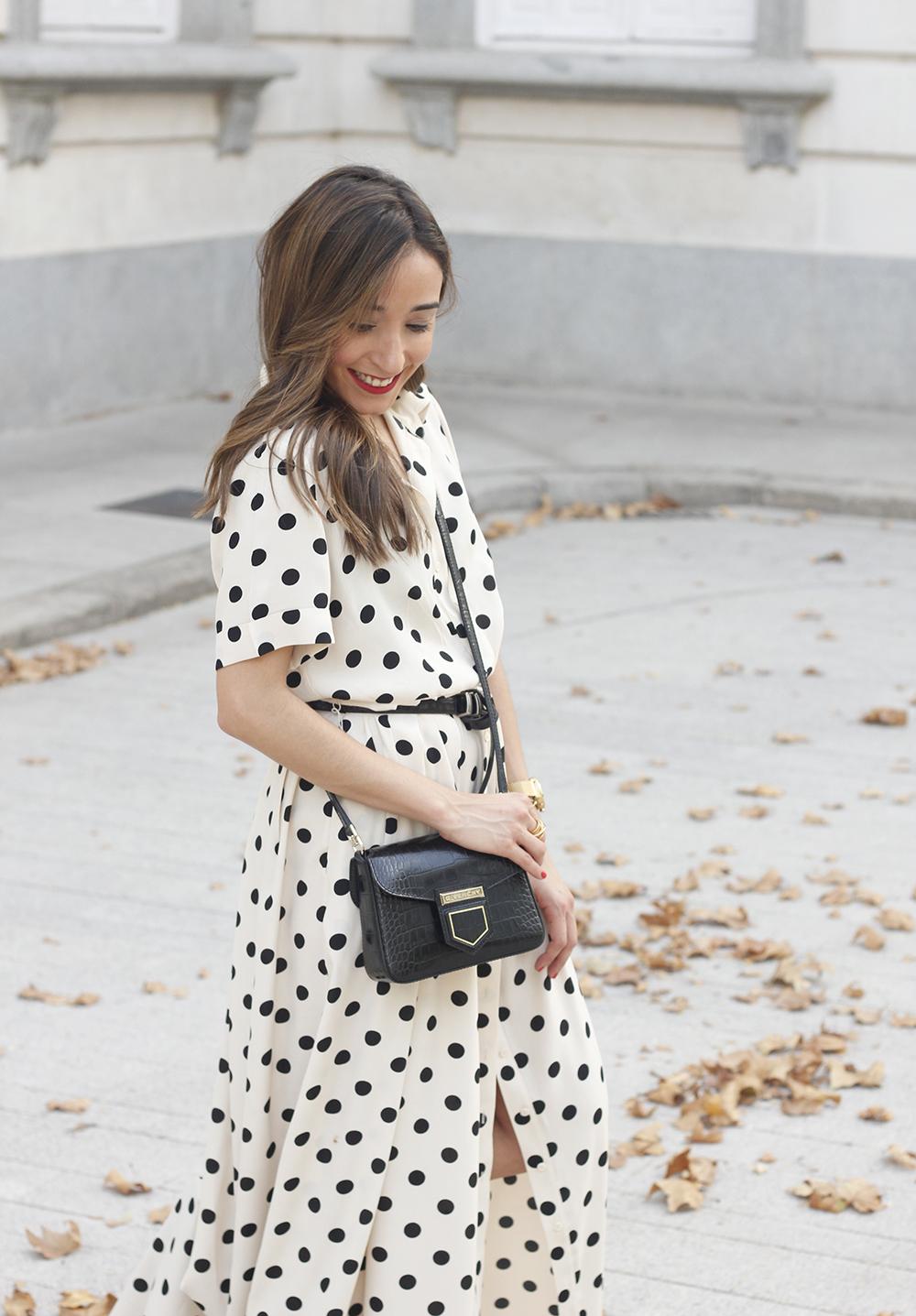 Maxi dress polka dots uterqüe converse givenchy bag summer outfit summer11