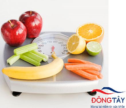 Cân nặng an toàn và chế độ ăn uống lành mạnh có lợi cho bệnh nhân rung nhĩ