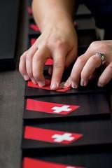 Spojení se Švýcarskem akvalitou jím prezentovanou je nejviditelnější aspekt značky.