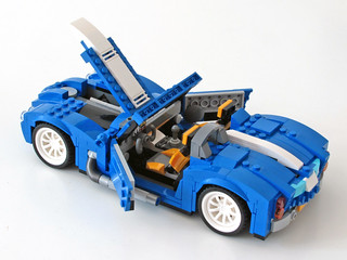 31070 Retro Roadster open