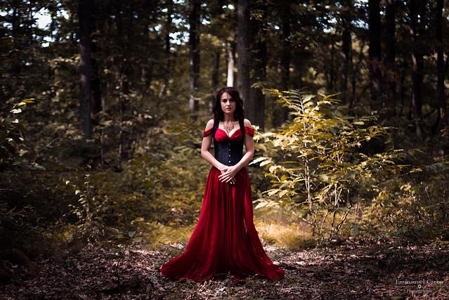 Red dress - Jessica, Nikon D750, Sigma 70-200mm F2.8 EX APO DG Macro HSM II