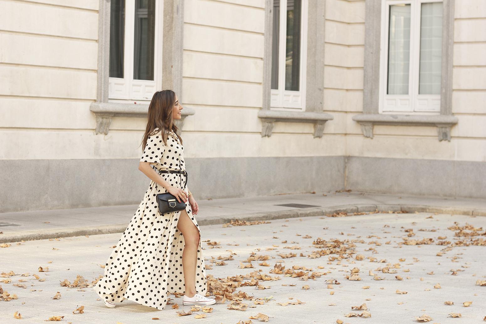 Maxi dress polka dots uterqüe converse givenchy bag summer outfit summer08