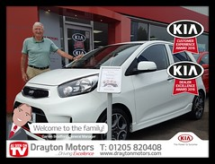 Mr Denis Dolan collecting his Picanto Sport Auto from Martin. Mr Dolan is a new customer, travelling all the way from Letchworth after having seen this on our EBay page