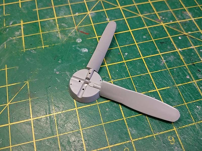 P-51D-5 (Dragon, 1/32) 35689685370_57db06e7b6_b