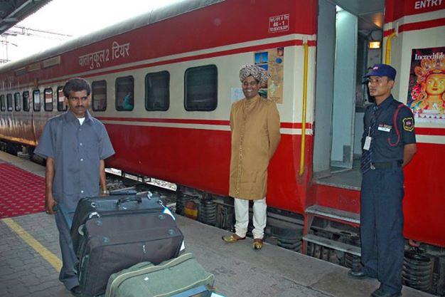 Kereta api Buddhis di India