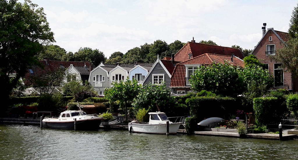 Day trip from Amsterdam, The Netherlands: Muiden | Your Dutch Guide