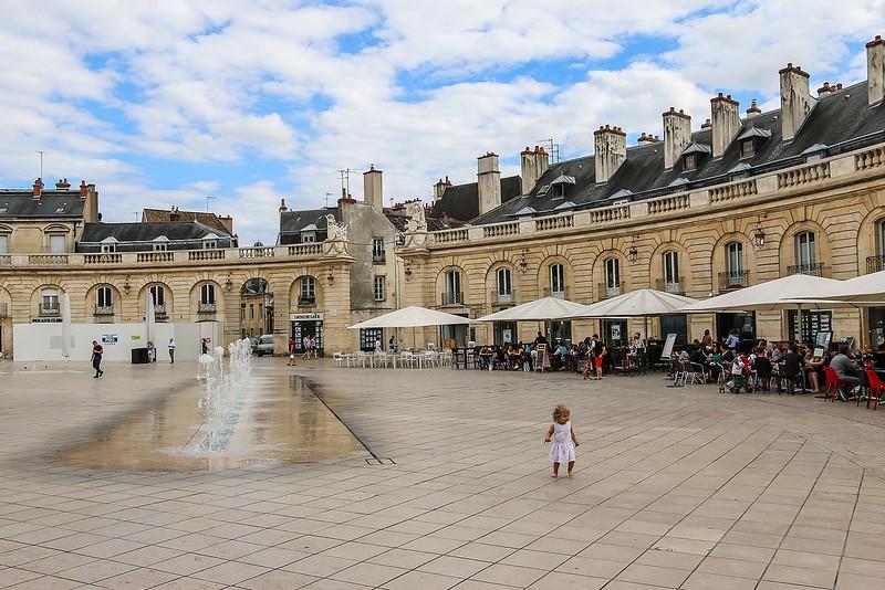 Dijon 35986884516_8768a9d175_c