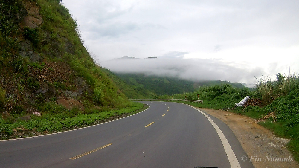 mountain road vietnam