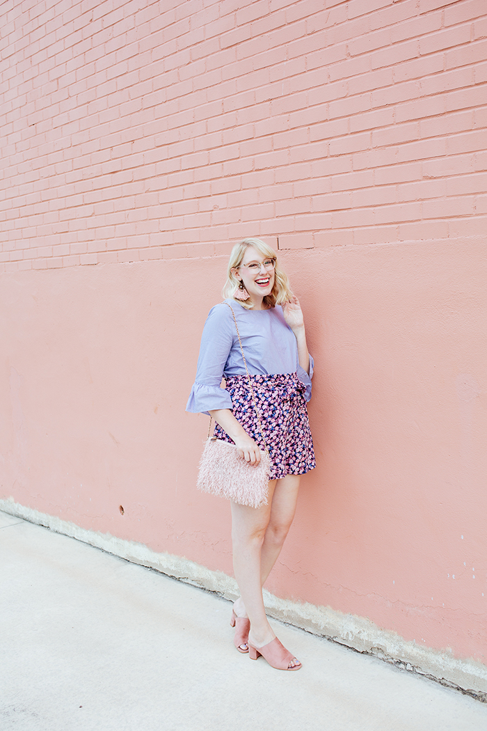 austin fashion blogger writes like a girl bell sleeves floral shorts8