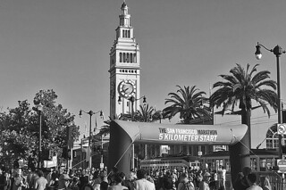 San Francisco Marathon - Landmark Ferry Building bw