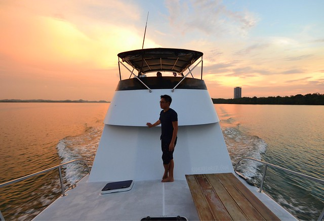 hotel jen puteri harbour sunset cruise