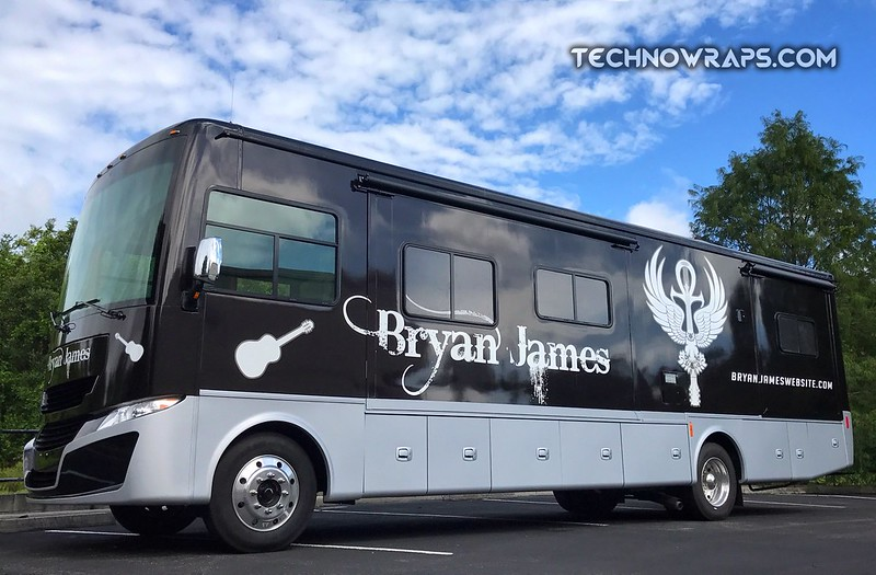 RV wrap in Orlando by TechnoWraps.com