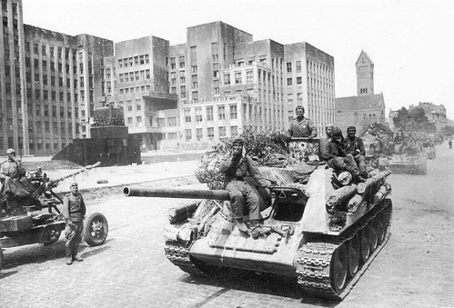 SU-85 in Lenin Square Minsk July 1944.