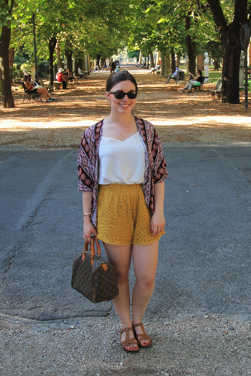 Dressing practically for summer in Rome fashion travel blogger UK