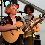 307-20170604_13th Wychwood Music Festival-Cheltenham-Gloucestershire-Hobgoblin Stage-Holly Redford-Jones-with bass guita