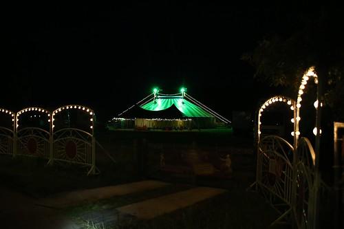 ENKHUIZEN - 21 juli Circus Freiwald avond verlichting