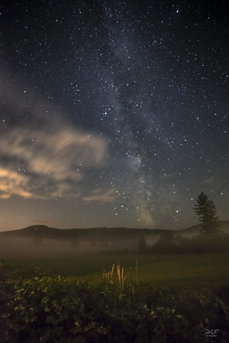 duncan britishcolumbia canada ca cowichanvalley clouds cowichan cobblehill cloud cvrd bc can farm farmland field pasture tree trees hill astrophotography astro milkyway stars star barn fog sony sonya7m2 a7m2 rokinon14mmf28 landscape longexposure longexposures landscapephotography