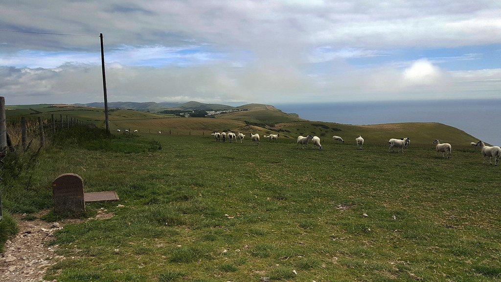 above durdle door - Click to show full size