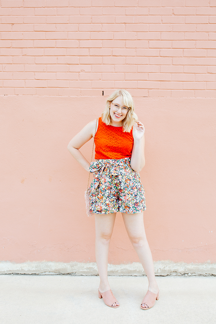 austin style blogger writes like a girl jcrew liberty floral shorts5