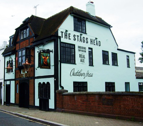The Stag's Head Pub, East Sheen - London.