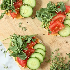 Easy Veggie Hummus Thins (Source) VeganFoodPorn.pictures/ | Vegan Cookbooks On Sale! Like Us On Facebook | Follow Us On Twitter