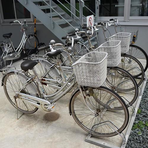 工場内の移動に使うらしい、自転車。広いからね。