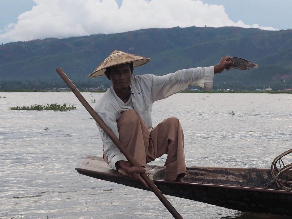 Inle kalastaja