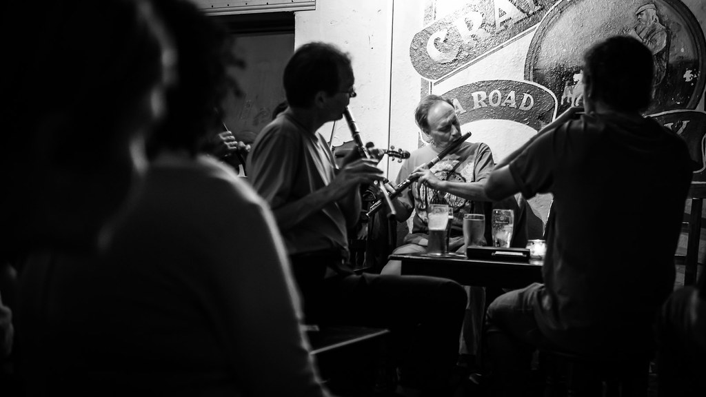 Irish pub music, Galway, Ireland picture