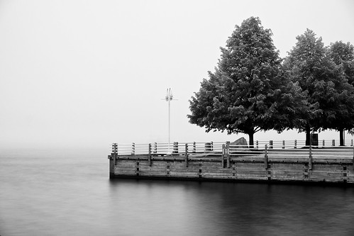 30seconds bigstopper boardwalk bondarmarina fog fujixt1 internationalbridge leeseven5 longexposure neutraldensityfilter saultcanal saultstemarie stmarysriver summer water waterfront weather xf1855mm