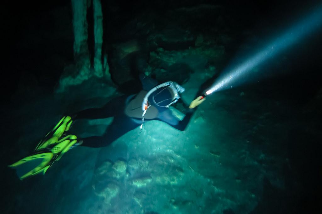 Snorkeling in Dos Ojos 2