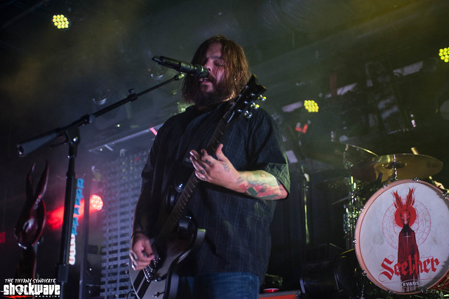 Seether- Poison The Parish World Tour 2017