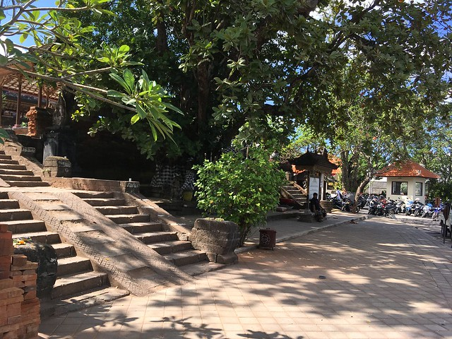 Seminyak temples