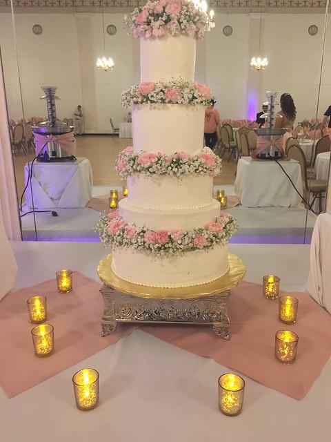 Cake by Mayra Hernandez of Mayr's Cupcakes N'More!